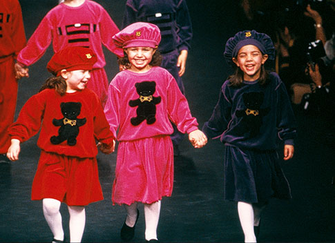 1983-collection-Enfant-defile-ST-AH1988